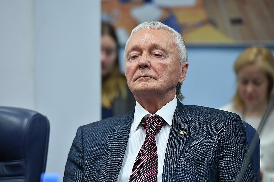 Melnikov.jpg